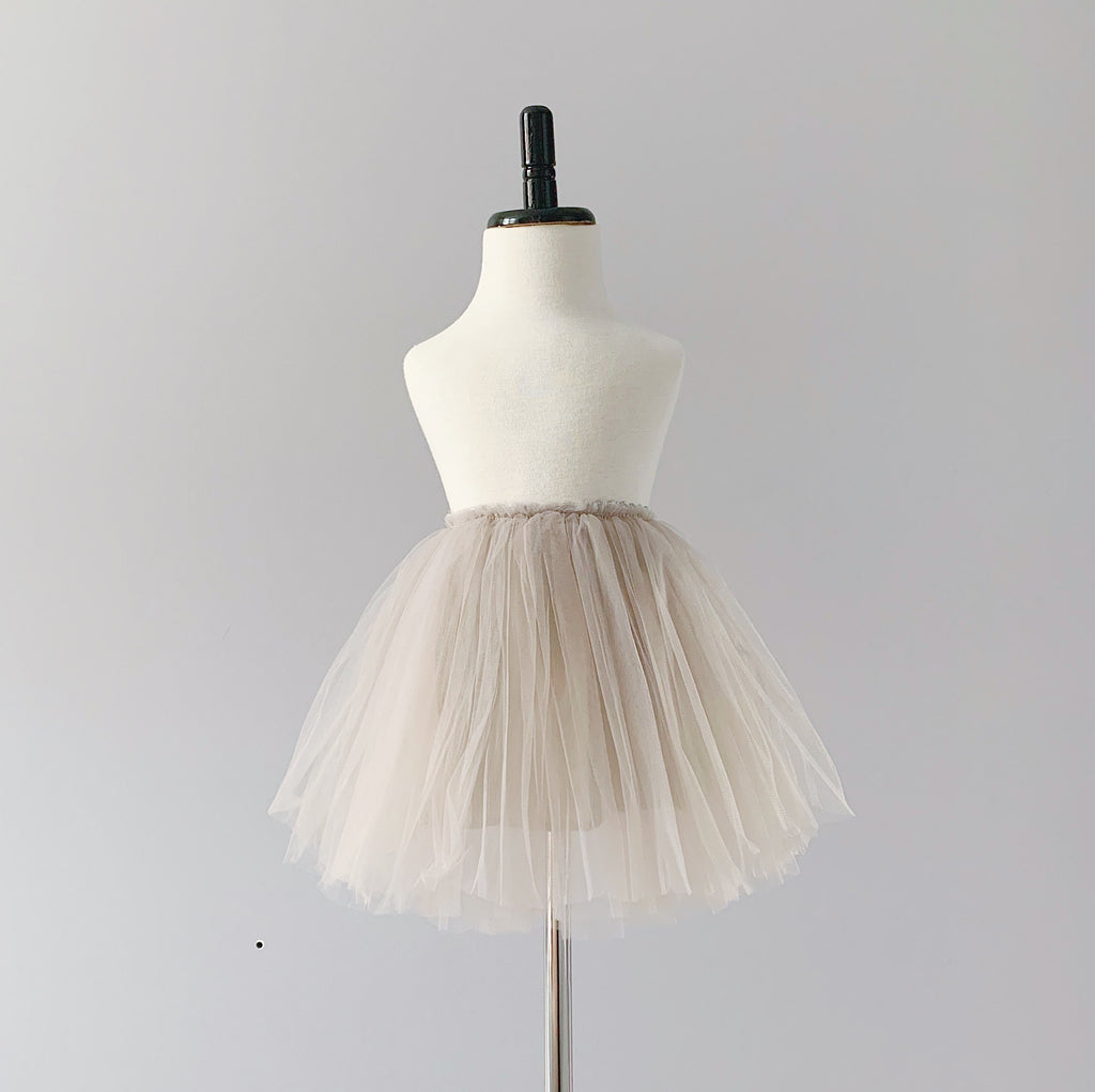 Tutu skirt in grey.