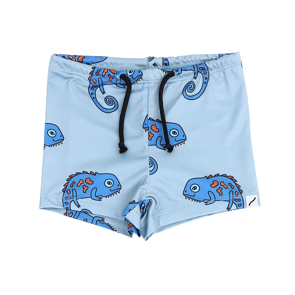Carlijnq Swimshort chameleon boy is a blue based swimpants with allover chameleon print. Made from REPREVE fiber.