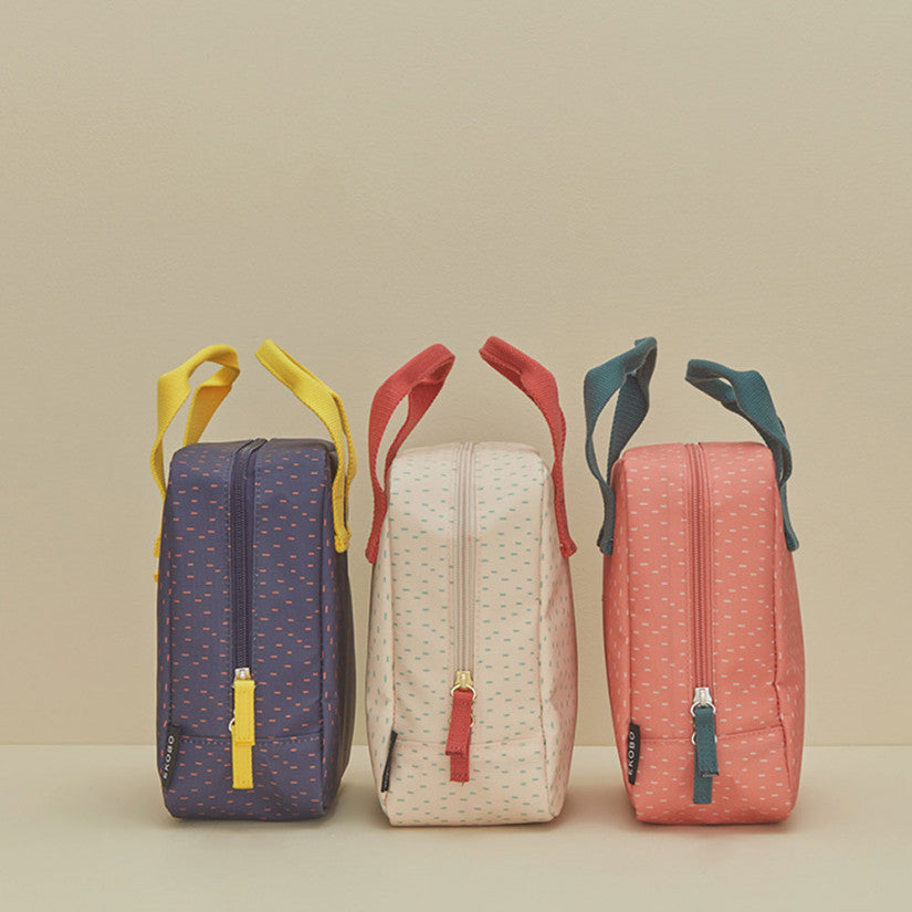 Ekobo insulated lunch bags in blue, cream and pink.