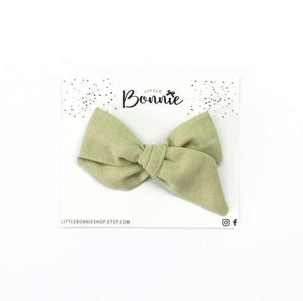 Mini Pinwheel Olive Green
