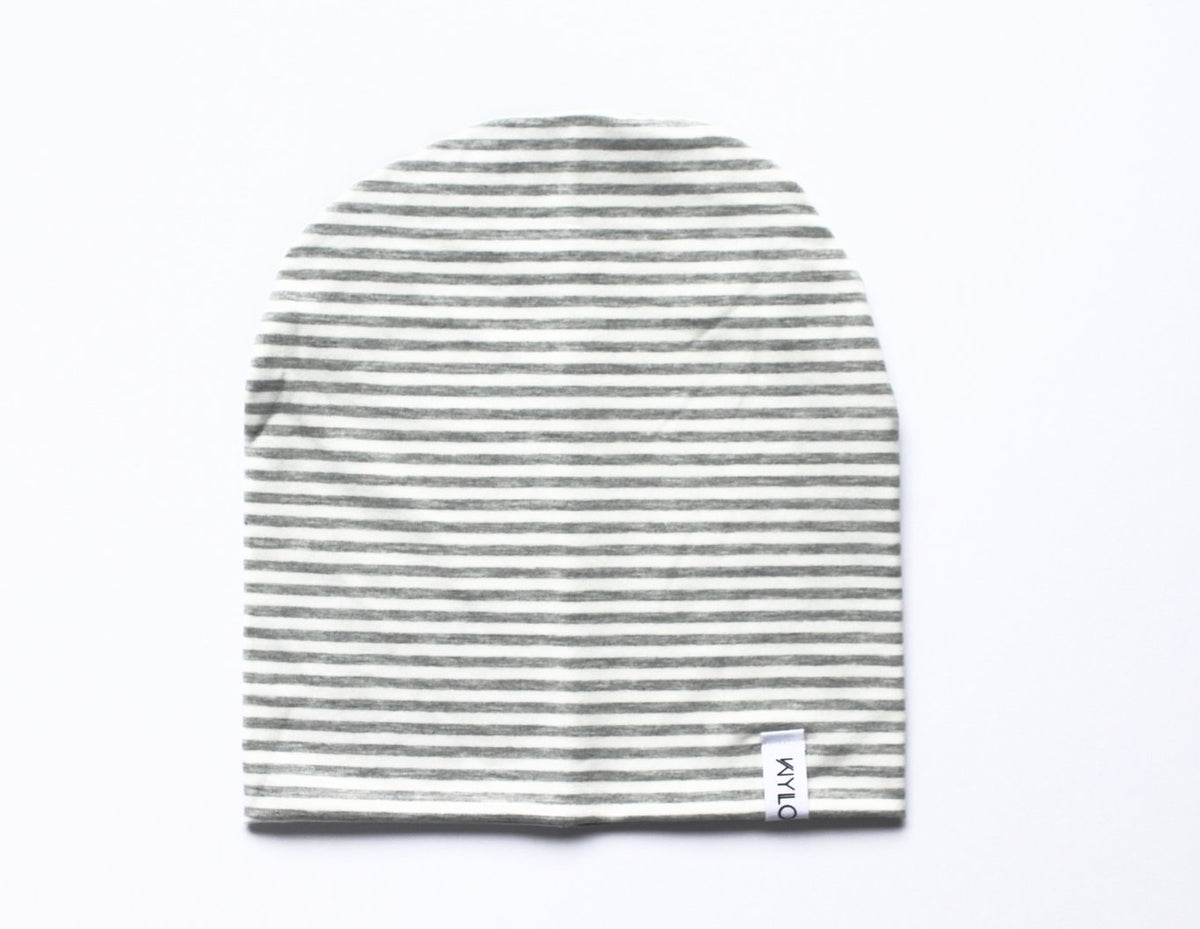 This beanie is made of double lined Bamboo Cotton. Perfect for those chilly days, and to complement your kid's outfit.