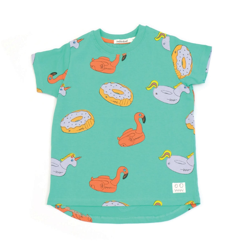 Indikidual donut t-shirt in green. Made of 100% organic cotton, in India. Gender neutral kids' fashion.
