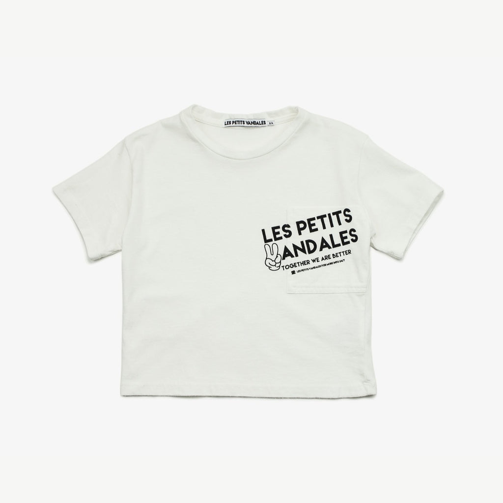 Les Petits Vandales off white cropped front pocket top. Made of 100% cotton, ethically made in Portugal.
