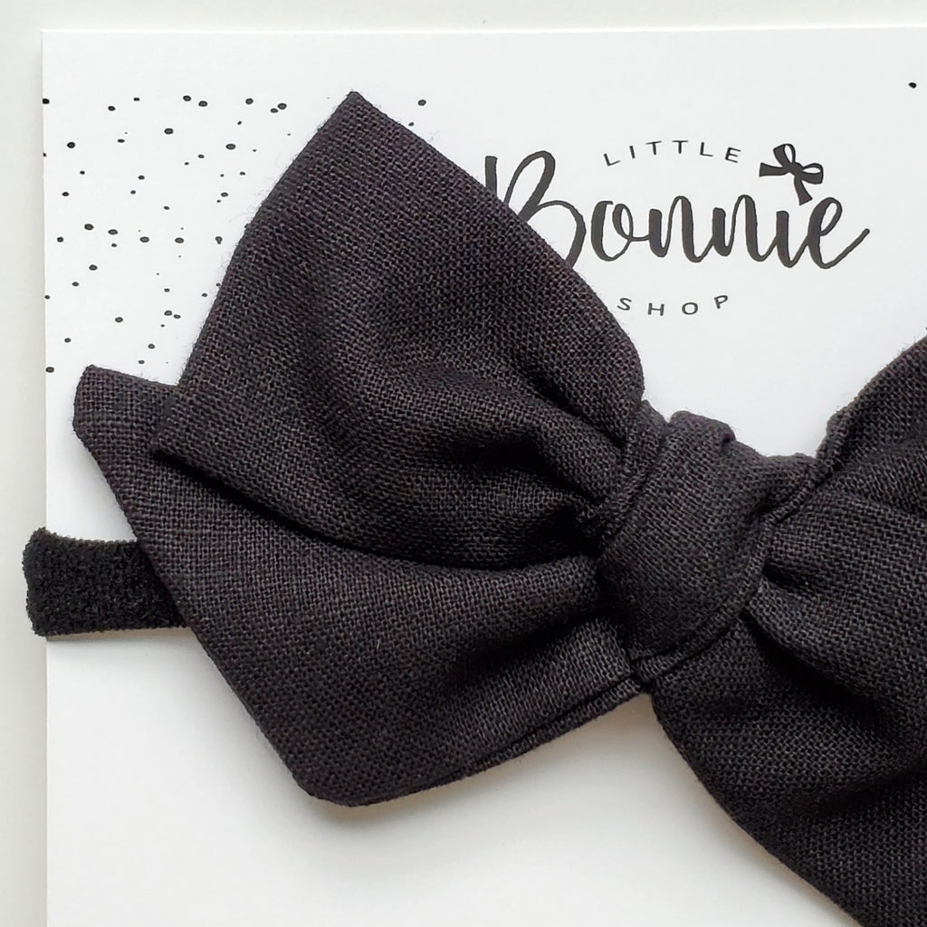 Black Oversized Pinwheel Headband