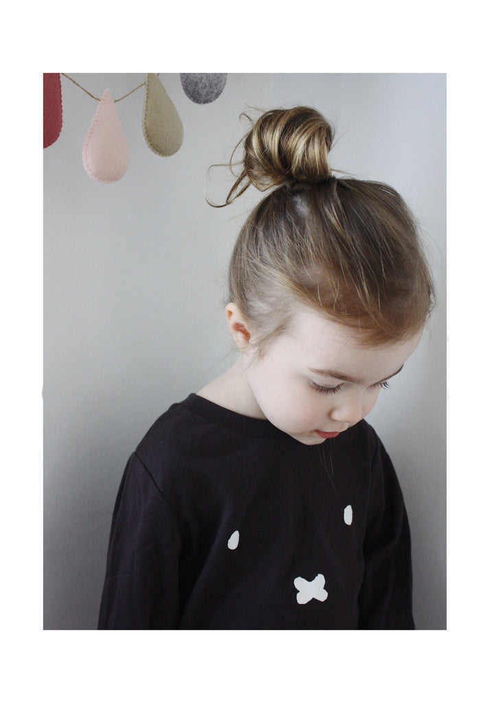 LIMITED EDITION Miffy Long-Sleeve Tee (almost black)