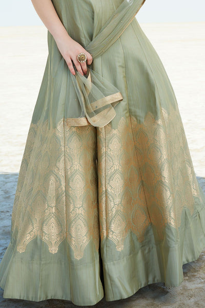 Attractive EthnicWear Designer Embroidered Pure Banglori Anarkali Gown With Dupatta