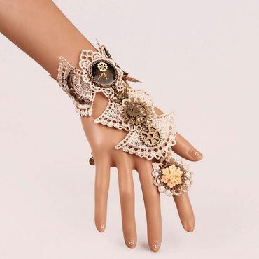 Brilliant Design Aulic White Fan Lace Steampunk Bracelet