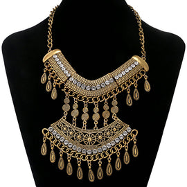 2018 Spring / Summer Collection Vintage Statement Necklace
