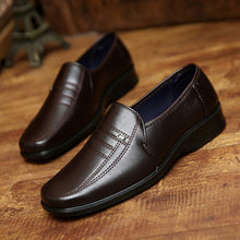 2017 Retail Men Business Casual Leather Shoes Men Oxfords Classic Father's Shoes Men Flats Round Toe Comfortable Office