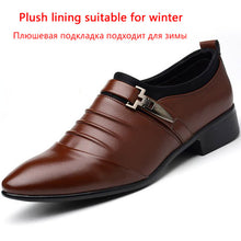 Big Size 38-48 Men Dress Shoes Brown Wedding Shoes Spring Winter Pointed Toe Flat Business British Slip-on Men's Oxfords Shoes