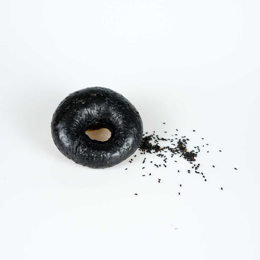 Frozen Black Sesame Bagel (Bag of 3)