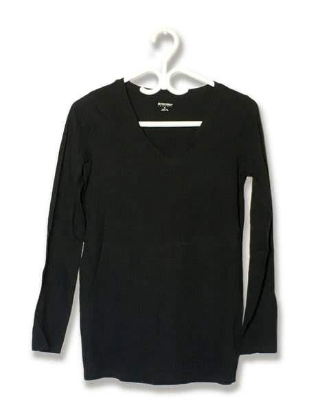 Black Longsleeve V-Neck