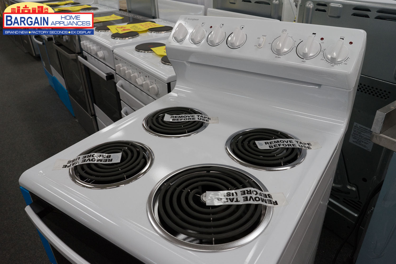 Westinghouse Wle525wa 54cm Freestanding Electric Cooker