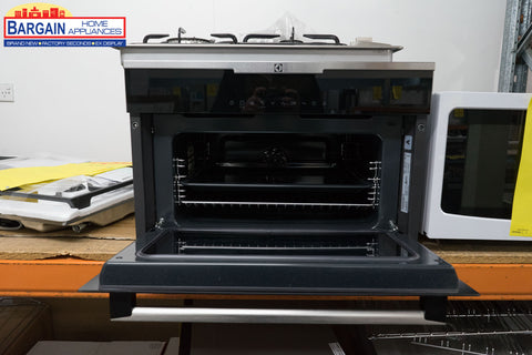 Electrolux EVE676BA 38cm 11 Multi-Function Built-In Oven