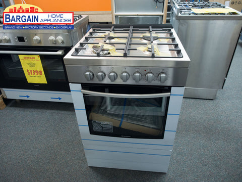 Westinghouse WFE616SA 60cm Freestanding Electric Oven with Gas Hob