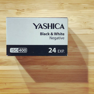 YASHICA BLACK & WHITE