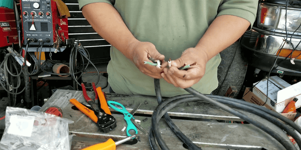 How to make a 30 amp generator extension cord