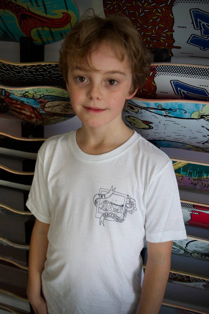 TR7 Whitelands Organic Kids T-shirt - White - TR7 SKATEBOARDING | LOCAL SKATE SHOP & INDOOR SKATEPARK IN NEWQUAY