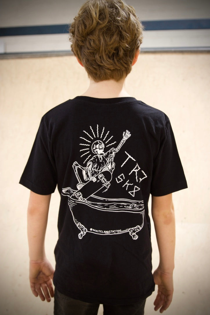 TR7 Whitelands Organic Kids T-shirt -Black - TR7 SKATE | LOCAL SKATE SHOP IN NEWQUAY | SKATER OWNED