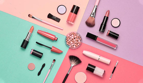 Celebrity Make Up Must Haves
