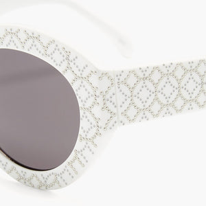 azzedine alaia, alaia, alaia eyewear, alaia sunglasses, xeyes sunglass shop, cat eye sunglasses, oval sunglasses, white sunglasses, women sunglasses, fashion, fashion sunglasses, luxury, luxury sunglasses, studs