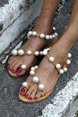 Faux-pearl studded leather sandals - Shoes - Elina Linardaki - SELFIE STORE BARCELONA S.C.P.