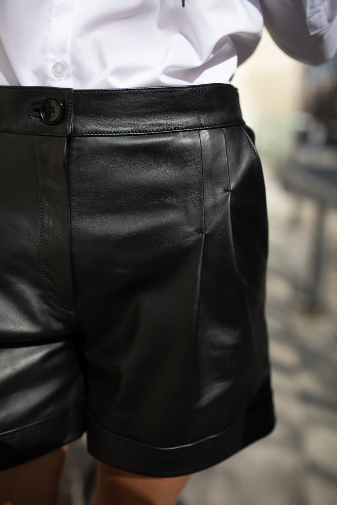 Leather shorts - Bottoms - Selfie Barcelona - SELFIE STORE BARCELONA S.C.P.