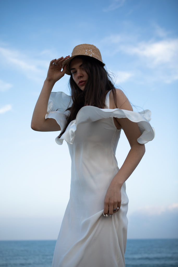 White cold-shoulder long summer dress with a ruffle - SELFIE STORE BARCELONA, SL