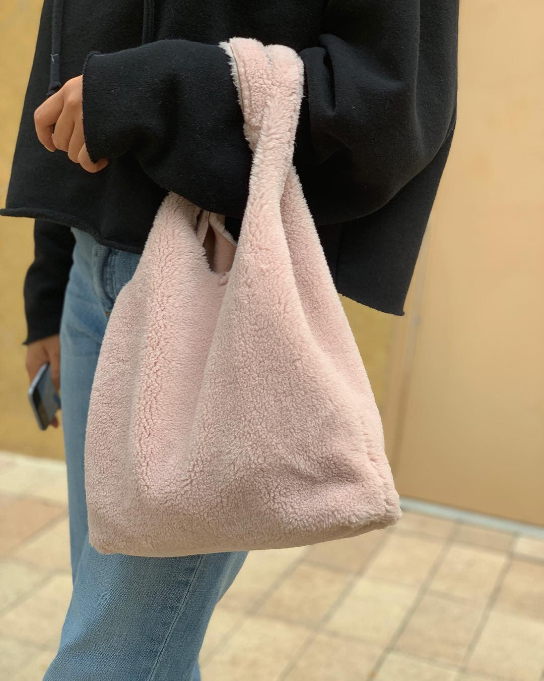 Light pink sheep Hobo