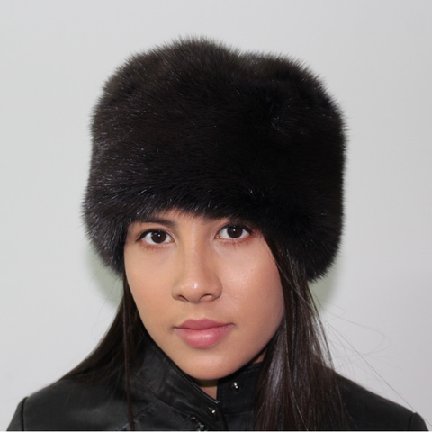 Dark anthracite mink hat