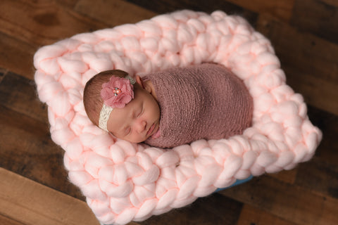 Pale pink newborn photography chunky bump blanket