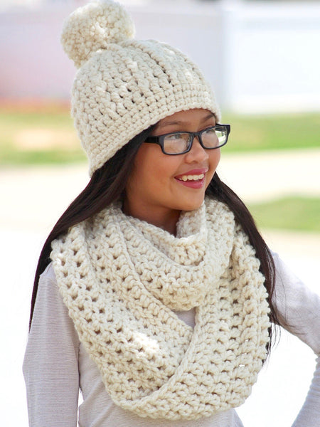 32 colors infinity cowl winter scarf by Two Seaside Babes