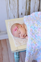 "33"" x 33"" White Pastels