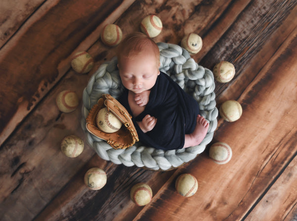 Gray marble newborn photo prop chunky round bump blanket
