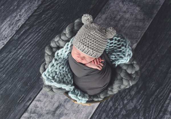 Gray newborn photo prop chunky bump blanket