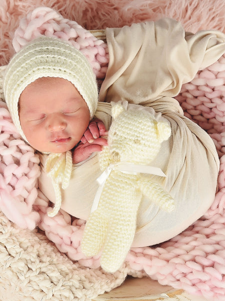 Ivory cream baby bonnet, hospital hat, shower gift, newborn photo prop by Two Seaside Babes