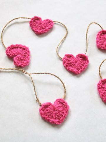 Dark pink Valentine's Day heart farmhouse garland by Two Seaside Babes