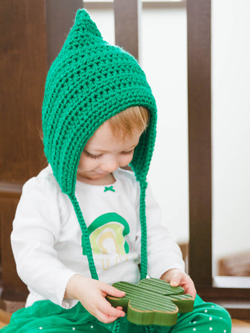 Kelly green pixie elf hat by Two Seaside Babes