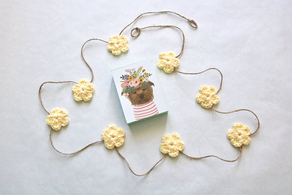 Buttercup Spring & Easter flower farmhouse garland