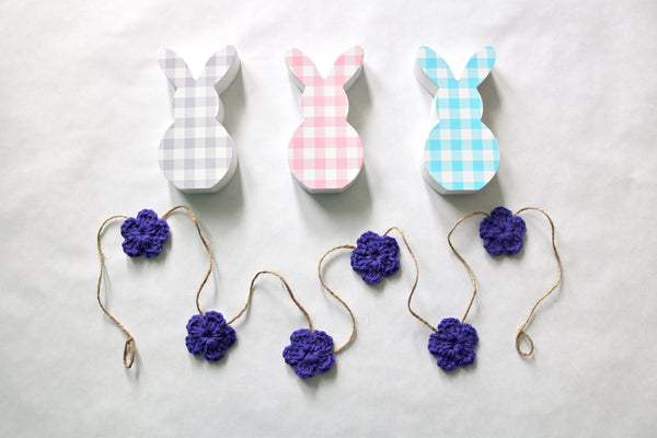 Purple Spring & Easter flower farmhouse garland