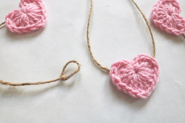 Pink Valentine's Day heart farmhouse garland