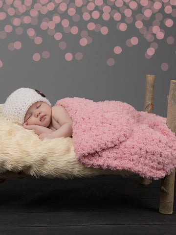 "17"" x 17"" Baby Girl Pink 