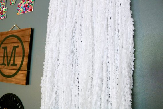 "28"" White Yarn Dream Catcher"