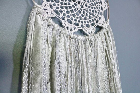 "37"" Gray & Silver Yarn Crochet Doily Dream Catcher"