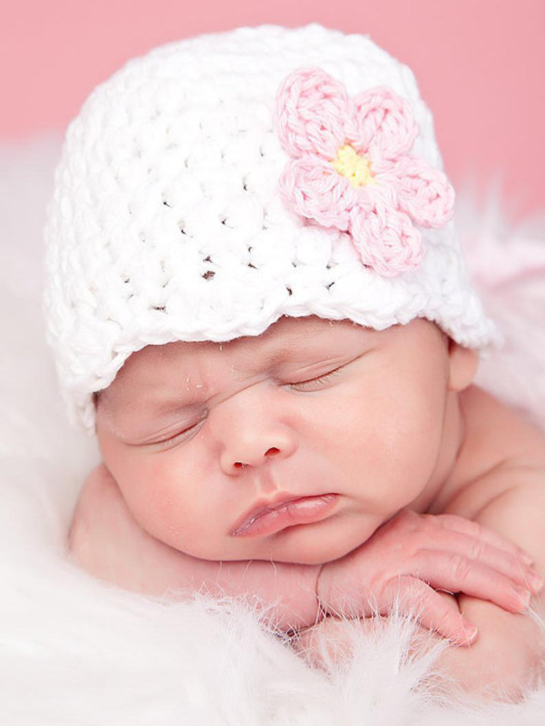 White flapper beanie hat | 34 flower colors available