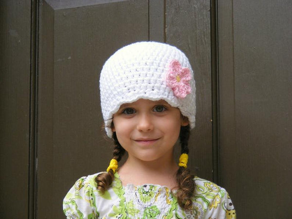 White flapper beanie hat | 32 flower colors available