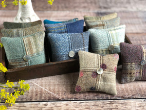 Lavender mini cushions