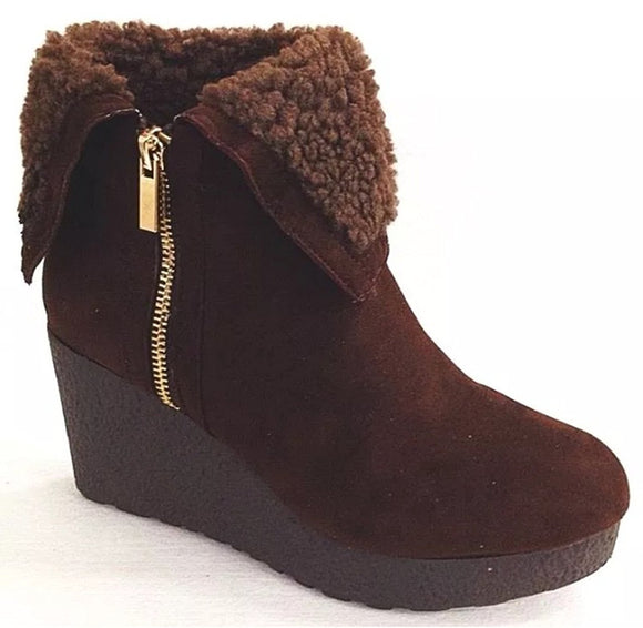 Bamboo Crepe Women's Faux Fur Cuff Down Side Zipper Platform Ankle Booties