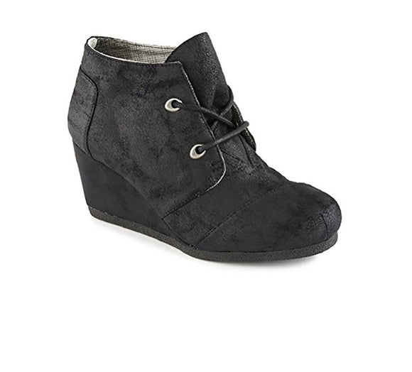 Qupid Women's Olee Wedge Lace Up Textured Faux Leather Chunky Heel Shoe Bootie