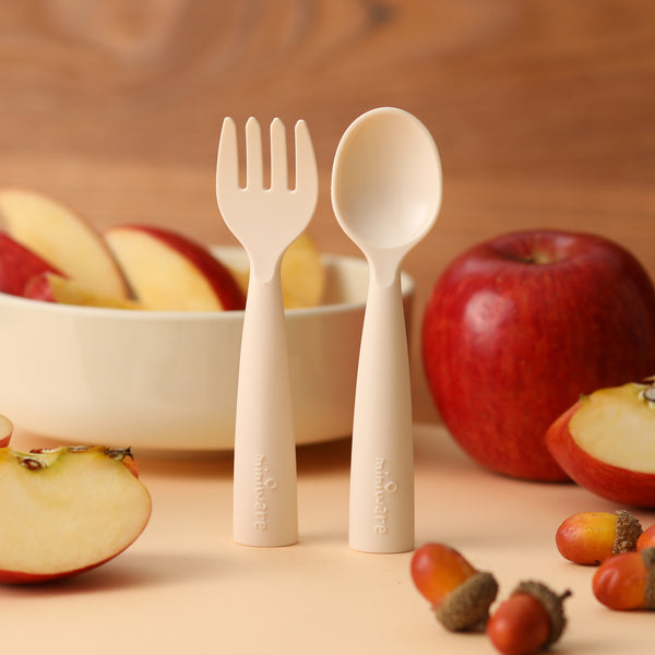 Miniware Cutlery with Kid-Friendly Holiday Dishes